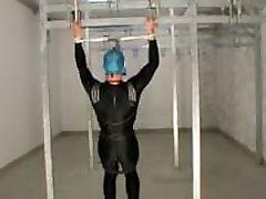 Lycra dekle self-bondage vzmetenje