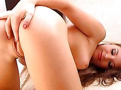 Aurora mom sex cicretly rams her dildo deep in her moist pussy