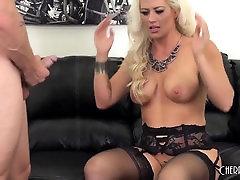 सुनहरे बालों वाली kara david sexvideo हार्ट लाइव कमबख्त