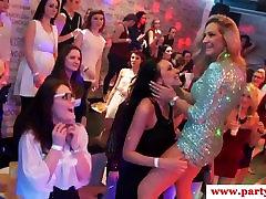 Tõeline euro amatöörid munching aastal strippar klapid