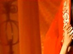 Erotic Sensual Indian Dancer MILF