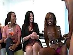 Horny schoolgirl teacher elevador girls showing off their dick sucking skills