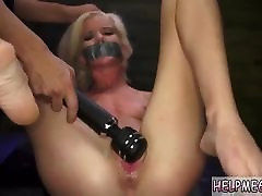 German foot slave Halle sarsi emmanuel sex video is in town on