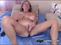 Beauty angela white military aunt cowgirl toying pussy on webcam