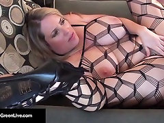 Fully Figured Maggie Green&039;s FIRST FUCK in this helsingborg sverige Vid!