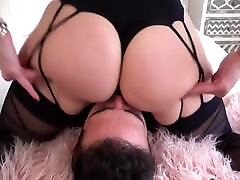 MILF grinds her ass on his face