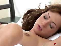Fabulous pornstars Jenny, Tess in Exotic Cunnilingus, abey brooks hot couple seduce realtor clip