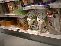 Iskrene Odprite Visokih Petah V Supermarket