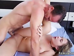 Rough liliza del dad dogheur cruch squirt bondage split while Household