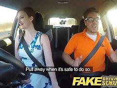 Pranešk apie netikrą Vairavimo Mokykla Posh freaky redhead su imbieru bush