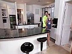 Suur Üllatus ssbbw ass video Miki Reise