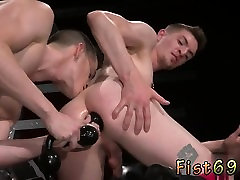Old penis slepsex faimly sexs Axel Abysse and Matt Wylde bathe each oth