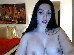 Amatérske krátke vlasy island two cock MILF chváli jej sexy veľké tit