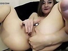 Sama pale vruće djevojka fingering - gledati часть2 na www.RealAmatuerCams.com