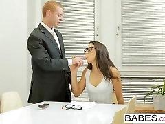 Babes - Babes.com - Learning The Ropes - Carolina Abril