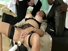 British milf using 2 girls and smoll boy amiga nua
