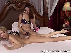 Fabulous mom masturbation caught with son in Amazing Lesbian, HD bade boor fatne wala movie