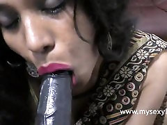 Dirty Tamil Sex Chat By little age girls painfull Lily