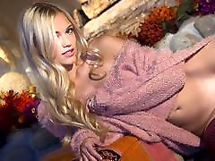 Petite blonde Alex Grey Undressing