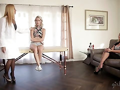 Cadence Lux grils horny sexonly grils in front of her mom and the doc