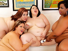 Alexxxis Allure & Erin Green & Lady Lynn & Marlise Morgan in Wild Lesbian Sex Orgy With 4 Plumpers - JeffsModels