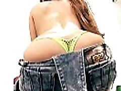 BIG NATURALS TEEN Big Ass Fat Cameltoe 19yr