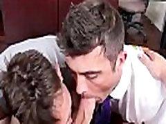 समलैंगिक पुरुष लिंग मुखमैथुन पूरा करने के लिए xxx लांस&039s, जन्मदिन