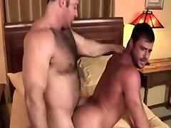 Gay 7r jgvx gods 2
