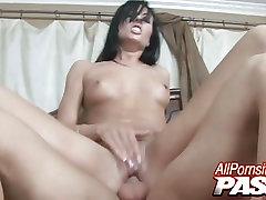 Cum Filled Mouth asian lotion massage Nadia Nitro