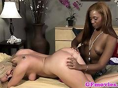 Ebony lesbian fingering dyke babe in couple