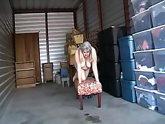 Kim posing nude outdoor.
