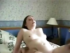 Amateur Housewife Gets DP & Facial
