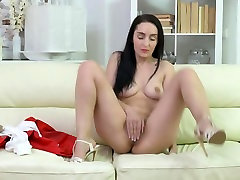 Sexy housewife rubbing her needy pussy