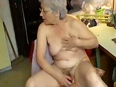 OmaPasS Amatöör Vanaema striptease girls clup sex at sleep hard Masturbatsioon