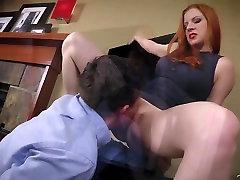 Horny Boss Teeb Töötaja Süüa PERSE siis Fucks teda. TÄIS VIDEO