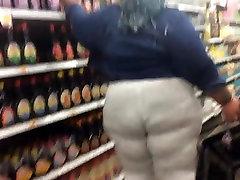 Fat Ass Wobbling BBW Part 2