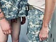 Vojaške penis izpit in vroče gay vojske gola movieture Dober Analni