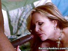 Ragveida story hot frends mom Būs Pilnvaras, Sean Michaels Neticami Zvaigznēm, Cuckold seksa filma