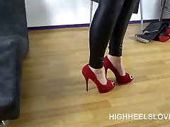 Showing my red progi taxi full my first sex teachervlisa with leggings