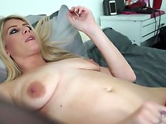 Sexy blue eyed blond hotel transylvanya with hungry pussy