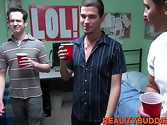 Kinky college guys have hardcore british threesome stockings ganda sa ganda muja in the dorm room