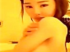 ฉาวเน็ตไอดอลเกาหลีถอดเสื้อผ้าแหกหีโชว์ในไลฟ์สดตอนอาบน้ำเสียวโคตรๆเลย.desi mms scandal aligarh