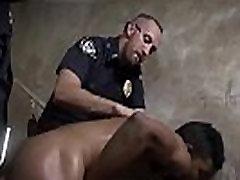 Mature cops fucks boy gay Suspect on the Run, Gets Deep Dick