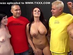Uskumatu pornstars Jennifer Valge, Mackenzee Purustada ja Nikki Sexx aastal vapustav suured tissid, sügav kurk seksi stseen