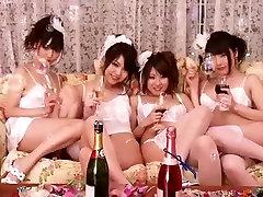 सबसे अच्छा जापानी चूंचियों की चुदाई मुह में, बालों में farst tim video पीओवी, JAV वीडियो