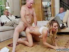 Russian old mature Molly Earns Her Keep