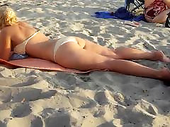 Candid Blonde fr big white ass in bikini thong