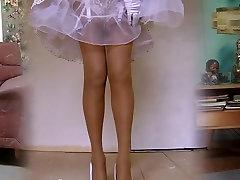 1950 nylon stockings legshow