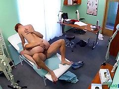 hämmastav pornstar uskumatu punapea, tirkistelijä porn stseen