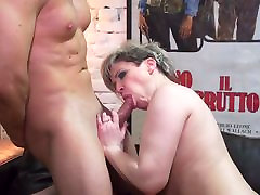 Mature chubby mom Tasmara fucked in hairy pussy